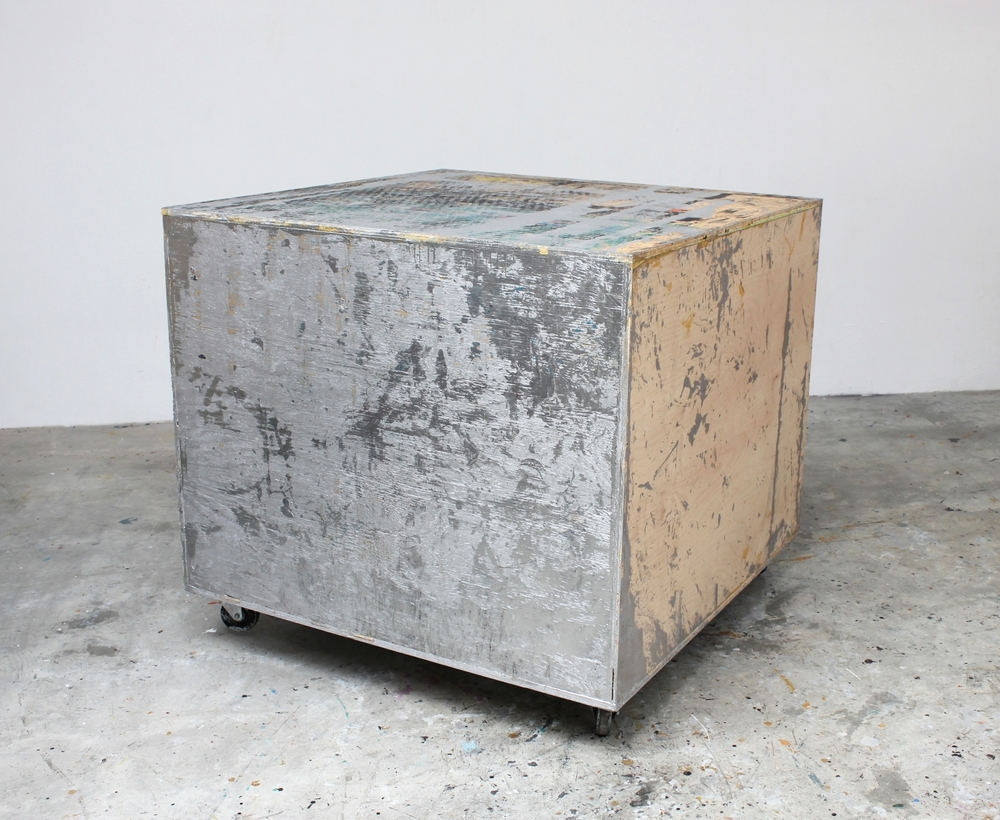 Rolling Platform (Silver) 2015 43.25 x 48 x 48 inches
