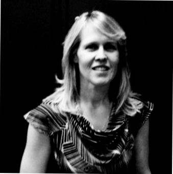 Ann Wright-Mockler holds a BS from University of Oregon and a Master's degree from Washington State University.  She worked in laboratory support roles, served as a network administrator, taught math and science at the high school level, and conducted laboratory research before joining Pacific Northwest National Laboratory's Office of STEM Education. Wright-Mockler is a 2005 Presidential Awardee for Excellence in Mathematics and Science.  Her current work includes STEM and computing education.