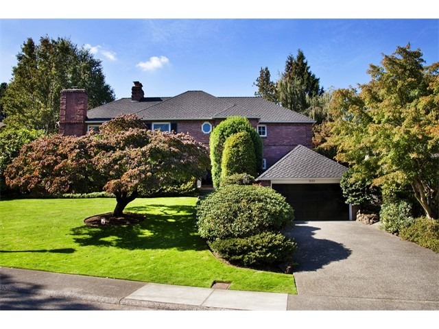 $2,200,000 | 1633 Broadmoor Dr E, Seattle 98112