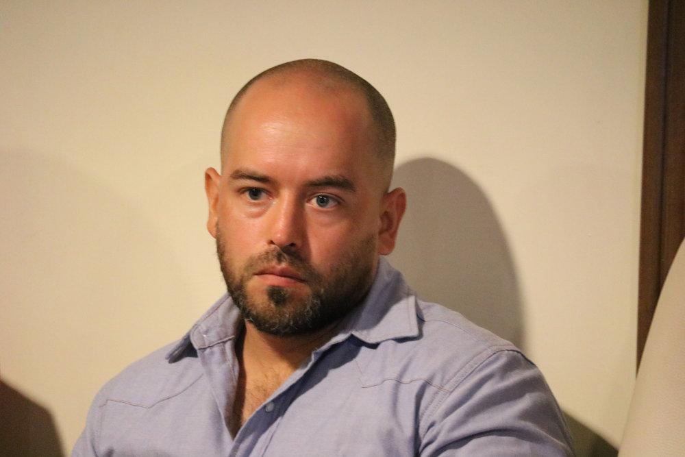 Roberto Contreras, Cielo Rojo
