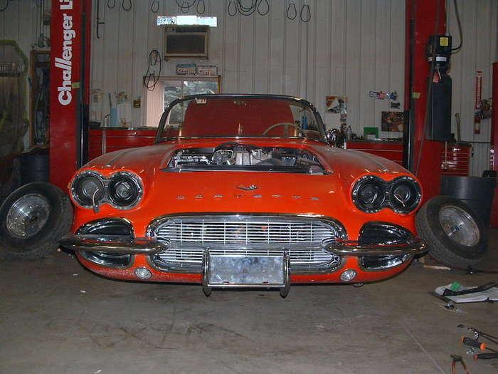 '61-Corvette.jpg