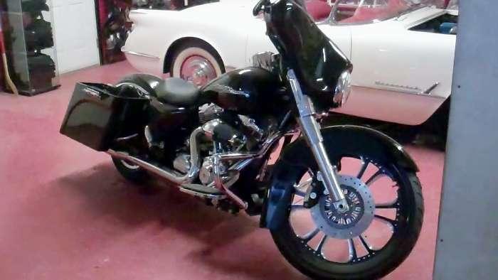 2013-Harley-Streetglide.jpg