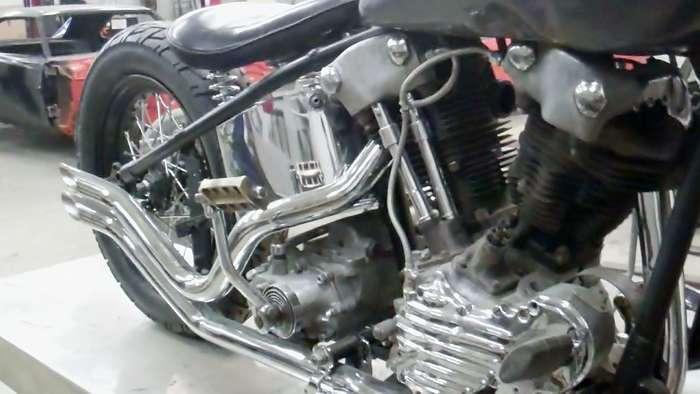 1947-harley-knucklehead-bobber-hot-rod031413060810VID01917.jpg