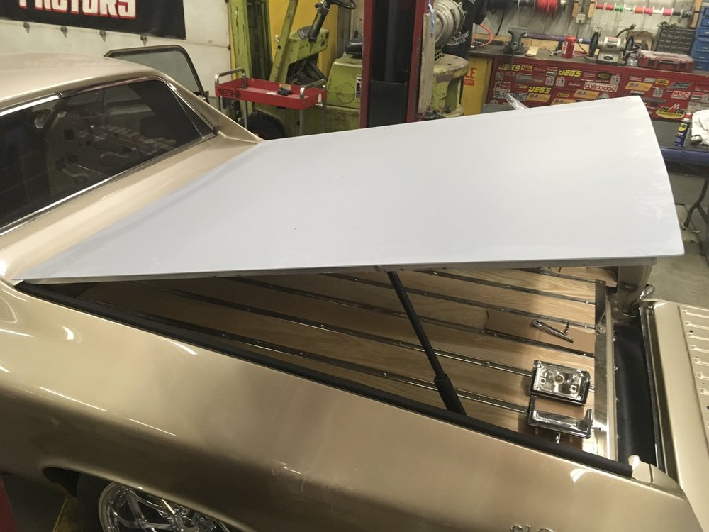 Tonneau cover on 1968 El Camino
