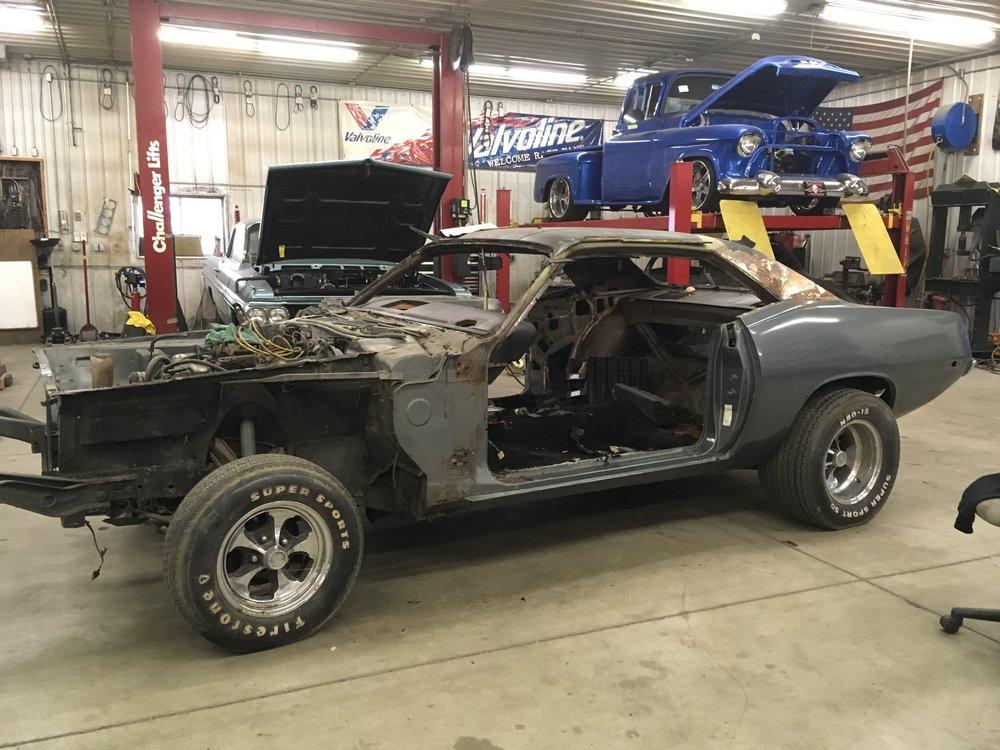 minneapolis-hot-rod-factory-car-restoration-73-barracuda.jpg