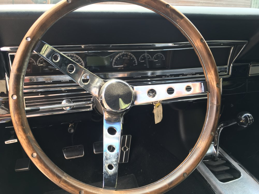 66-ford-steering-wheel-minneapolis-custom-hot-rod-restorations-hot-rod-factory.jpg