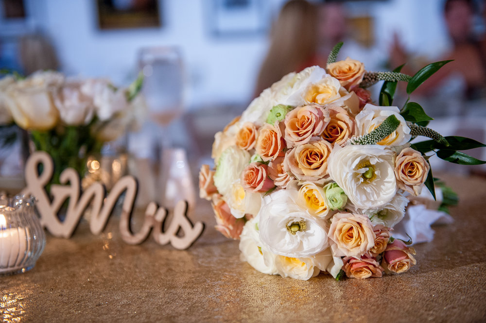 Robyn's bouquet.jpg