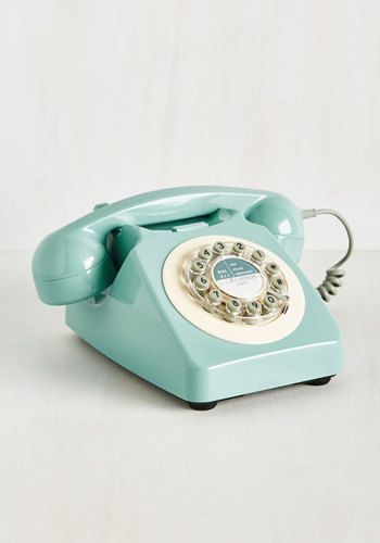 Retro Phone @  Mod Cloth  $69.99