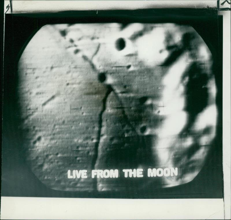 livefromthemoon.jpg