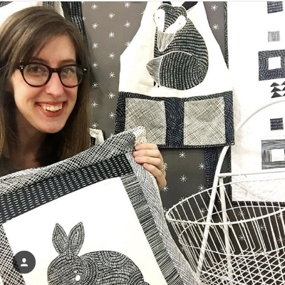 Pillows and aprons and quilts and I LOVE THICKET