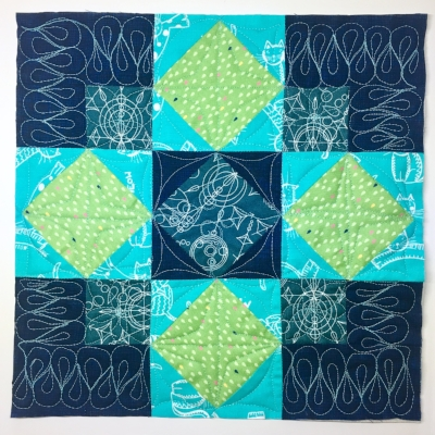 Free Pattern! Pneuma Quilt by HollyAnne Knight of String and Story
