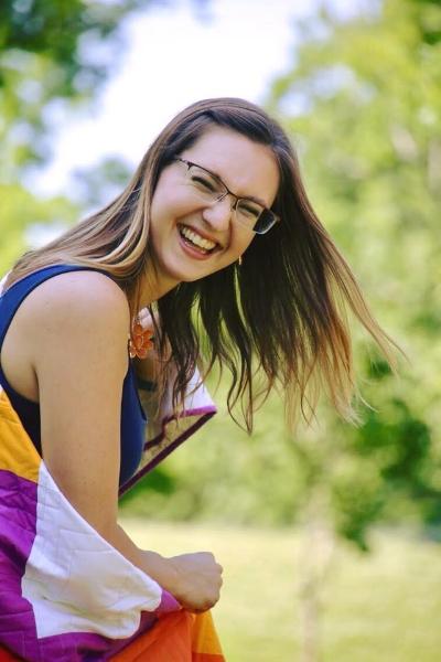 HollyAnne Knight of String & Story