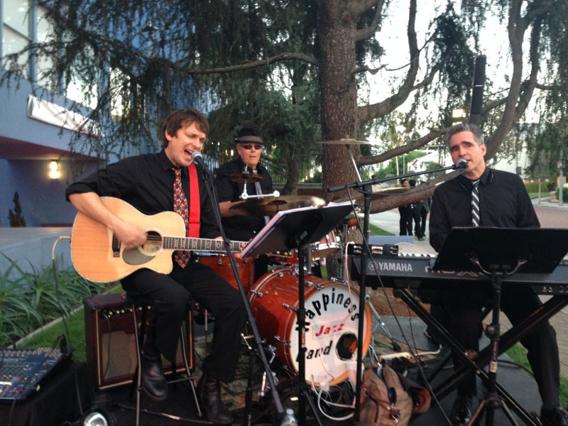 Pop trio at picnic.