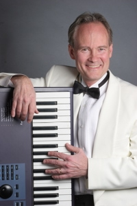 Eric Zimmerman - Pianist, singer, bass, DJ and emcee