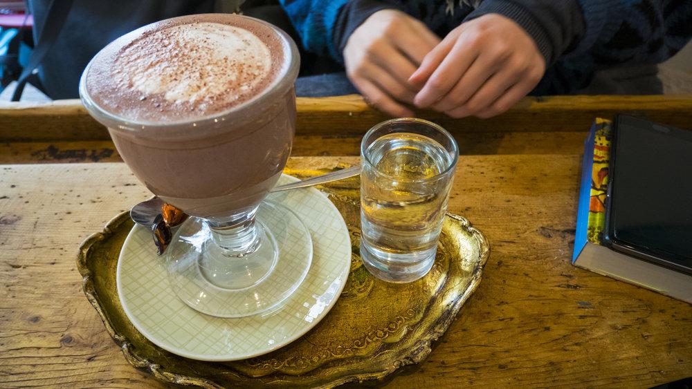 Kakao bei der froihoferin