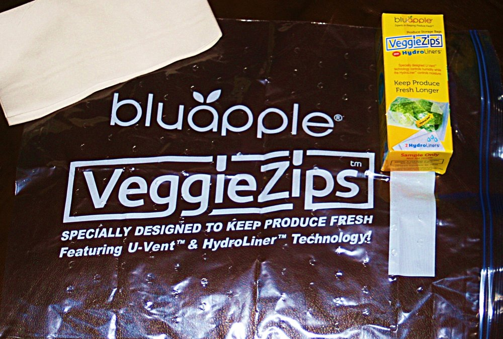 Keep produce fresh for 3 times as long as usual with bluapple VeggieZips.