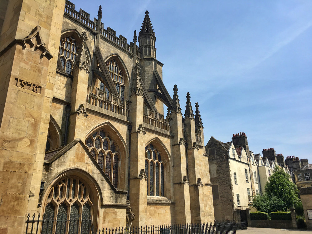 Side view of Bath Abbey.