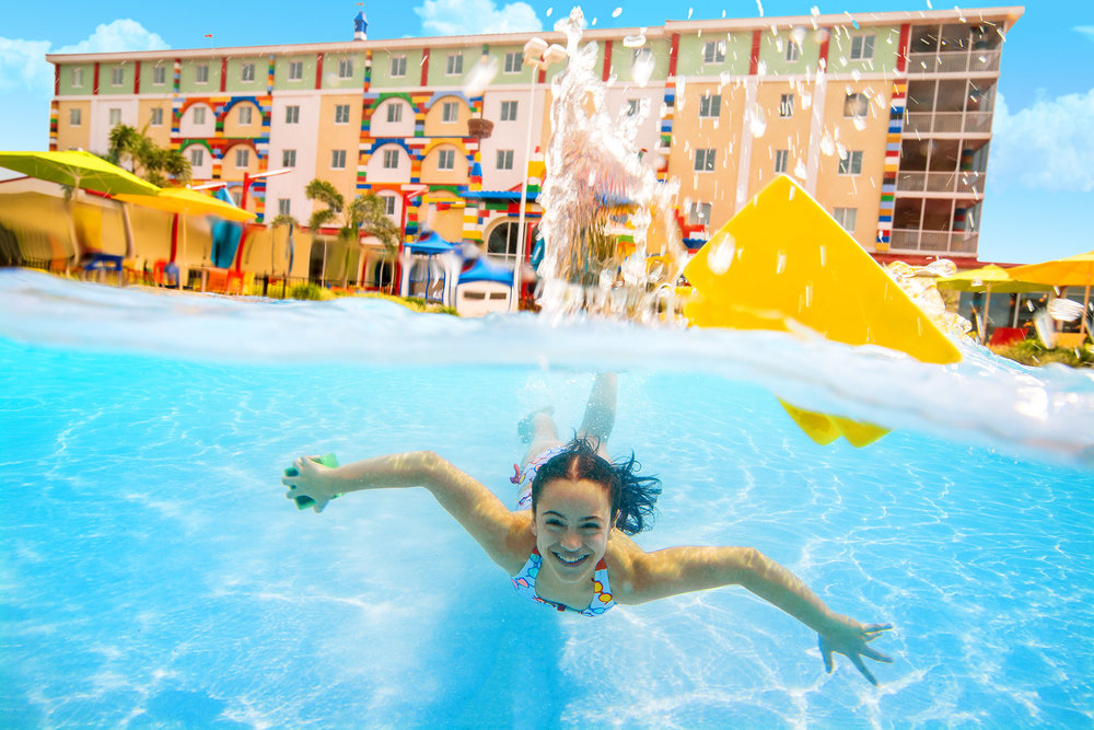 2017.10.04_LEGOLANDFLORIDA_Hotel_Pool_778_ret.jpg