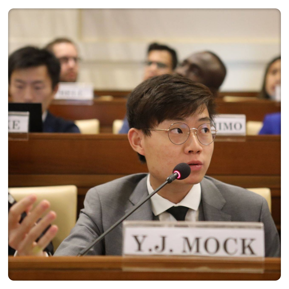 Yi Jun Mock - Yi Jun serves as Project Leader, Networks of the United Nations Sustainable Development Solutions Network - Youth Initiative (SDSN Youth), managing both the Membership and SDG Students Programs. He has advocated for youth involvement in achieving the SDGs at major international fora like the Vatican Youth Symposium, the UN SDG Action Campaign Global Festival of Action for Sustainable Development, and the UN-Habitat World Urban Forum. Yi Jun is a Queen's Young Leader, Global Shaper, and Youth Environment Envoy with Singapore's National Environment Agency.Yi Jun is representing our partner organization, SDSN Youth, at YSIF '18.