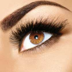 Brow Lift - lifting of the brow areaAnti-wrinkle injections can be used to raise a drooping or flat brow, introducing the solution to key points, relaxing the muscles that tend to drag our brows downwards.