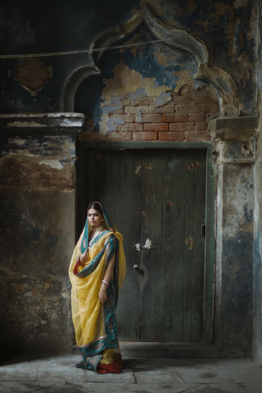 10_Chhandak Pradhan-fashion-Ruins and a Requiem-vintage_feudal_Indian_royal_portrait.jpg