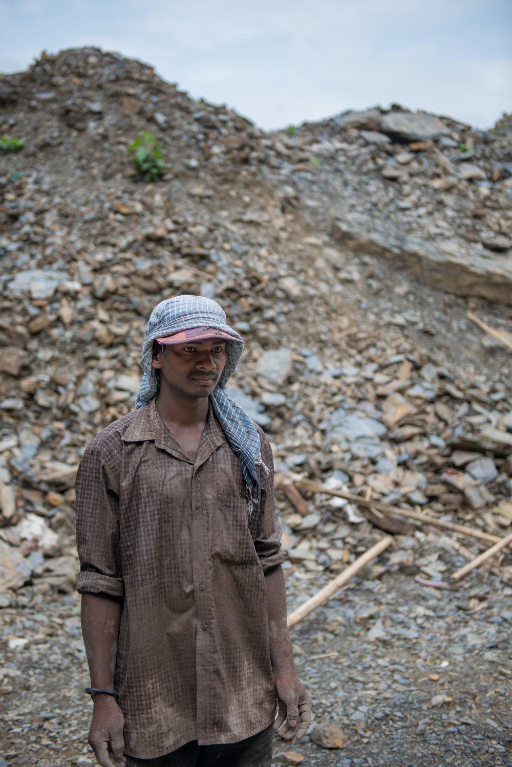 9_Chhandak Pradhan-Reportage-The_Promise_of_Asphalt-Border_road_NE India_Burma_Le Monde.jpg