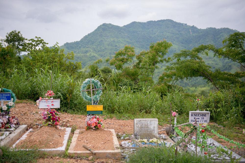10_Chhandak Pradhan-Reportage-The_Promise_of_Asphalt-Border_road_NE India_Burma_Le Monde.jpg