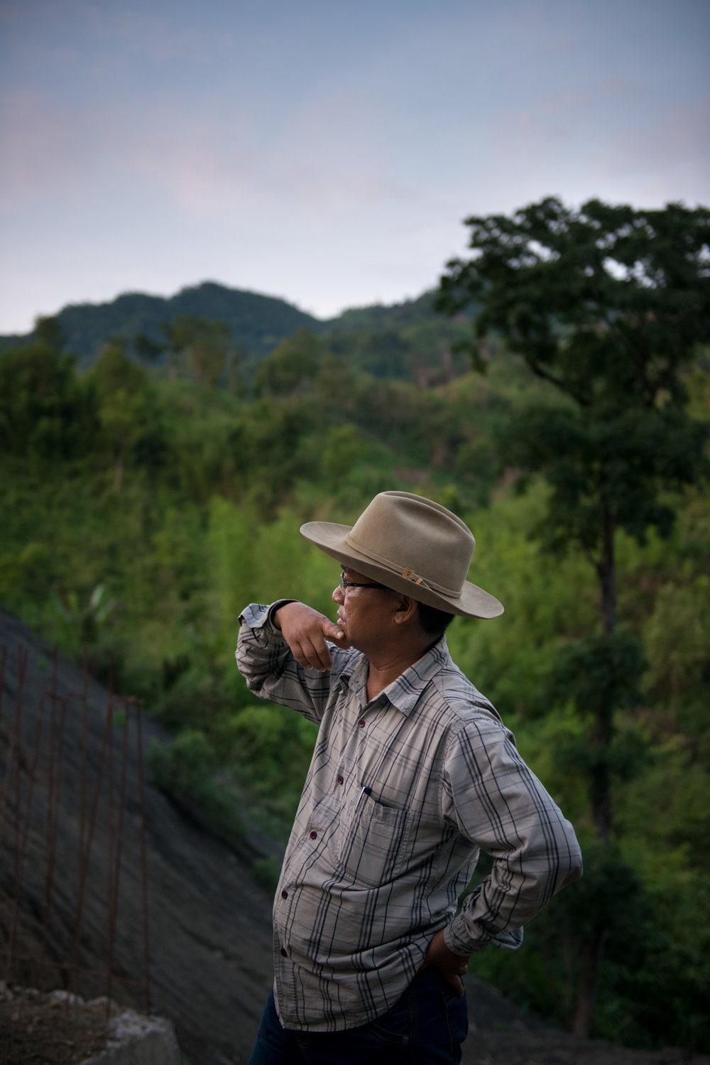 17_Chhandak Pradhan-Reportage-The_Promise_of_Asphalt-Border_road_NE India_Burma_Le Monde.jpg