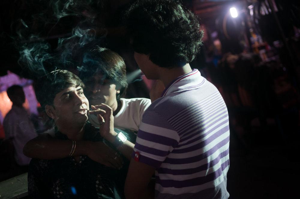4_Chhandak Pradhan-reportage-Lipstick Men-transgender_dancer_India_Calcutta.jpg