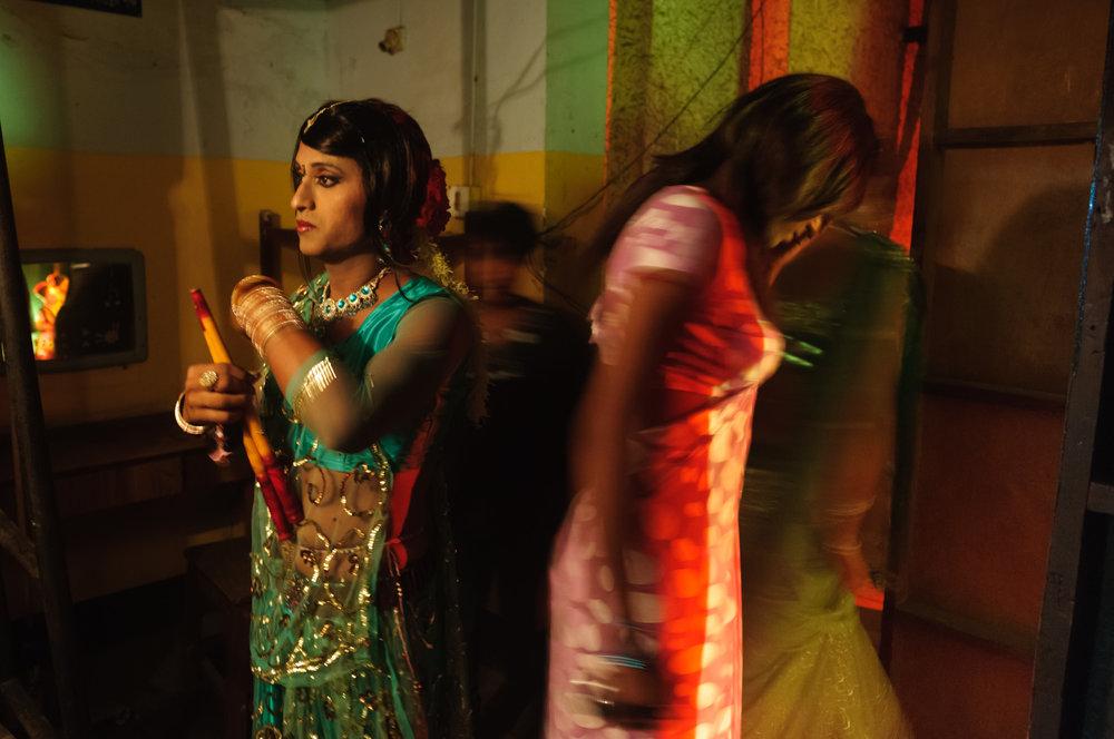 7_Chhandak Pradhan-reportage-Lipstick Men-transgender_dancer_India_Calcutta.jpg