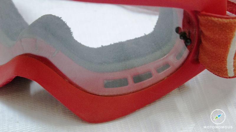 Motonomous Blog Dragon Alliance MDX Moto Goggles Review Unidirectional Air Flow System