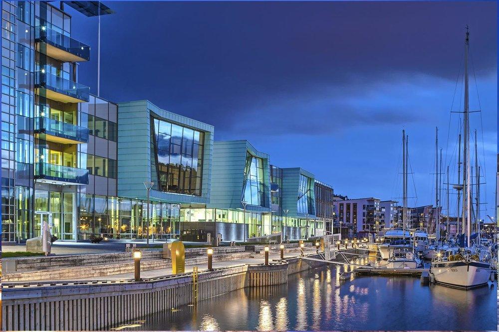 DnB-bygget, Bergen - Fasade: Bolseth Glass