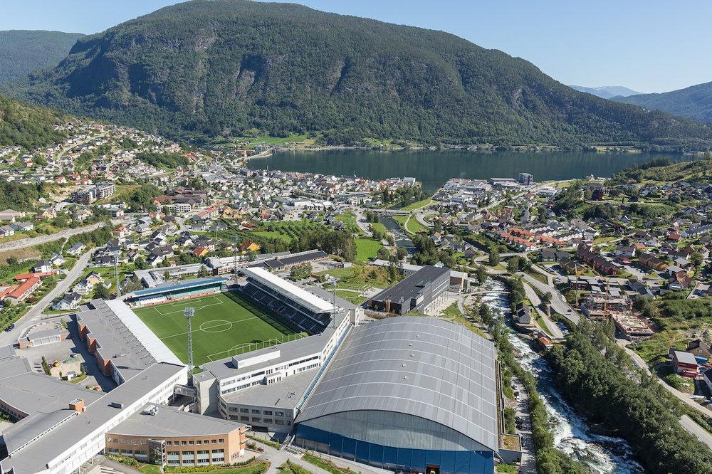 Ekspertar på Squarespace - Vi held til på Fosshaugane Campus i Sogndal. Vår kundemasse er spreidd over heile landet, frå Svolvær i nord til Lillesand i sør. Vi er ekspertar på nettsider basert på verktøyet Squarespace.