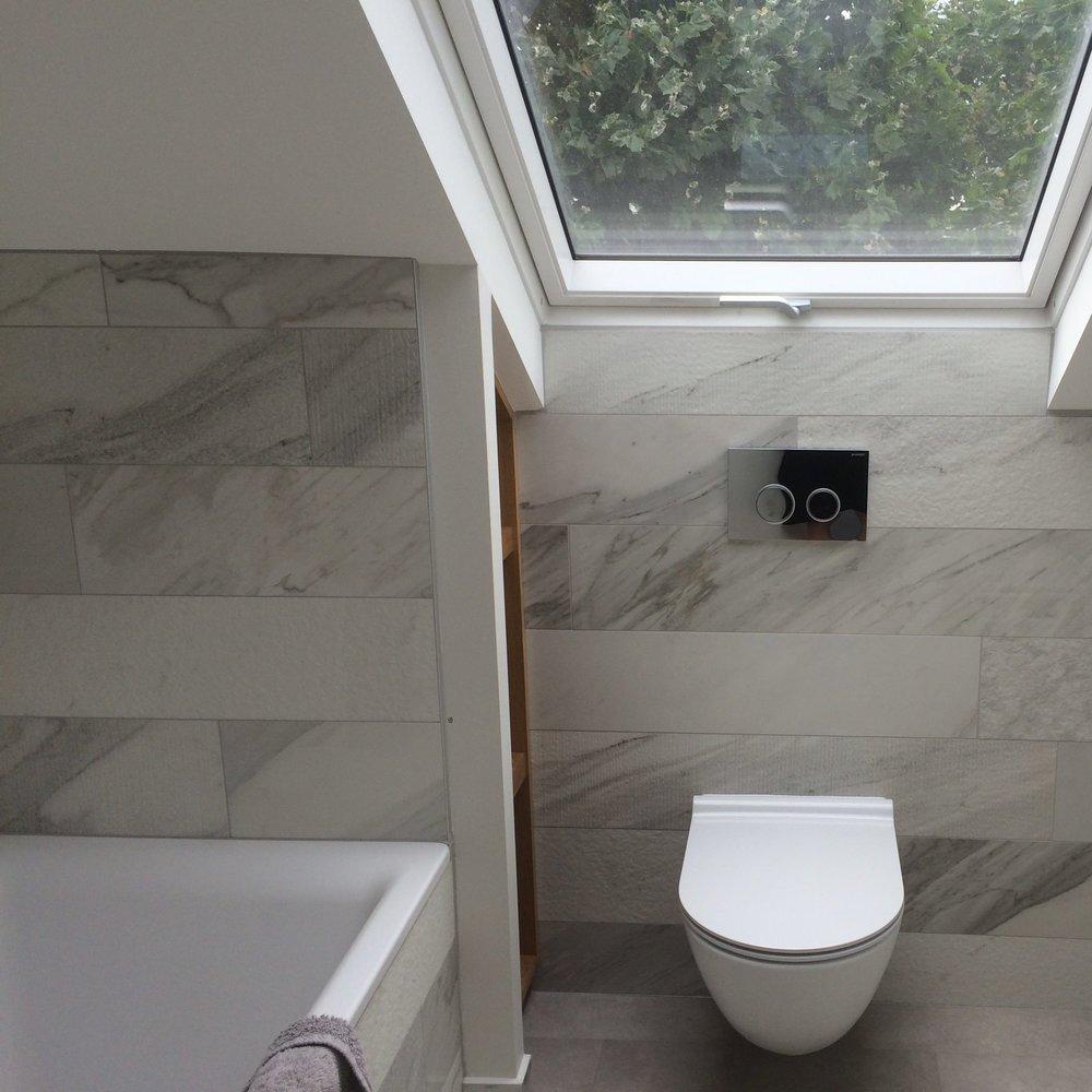 Bath upper floor