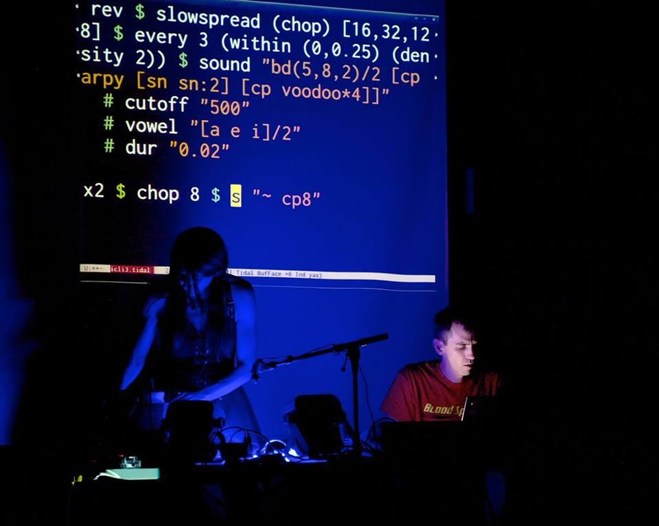 Live coding by Yaxu