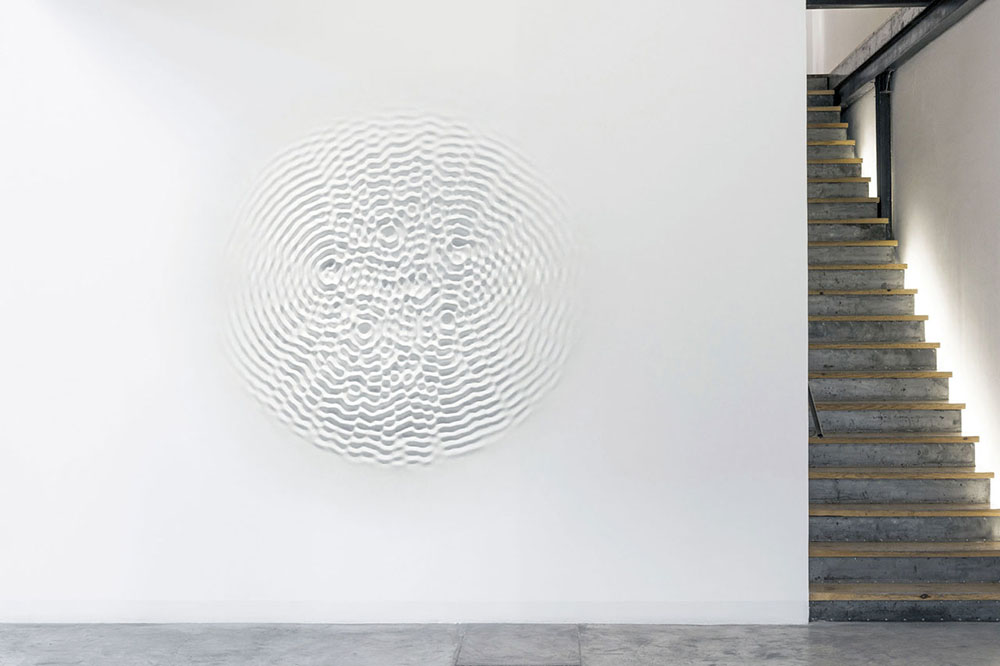 Loris Cecchini, Wallwave Vibration, 2012