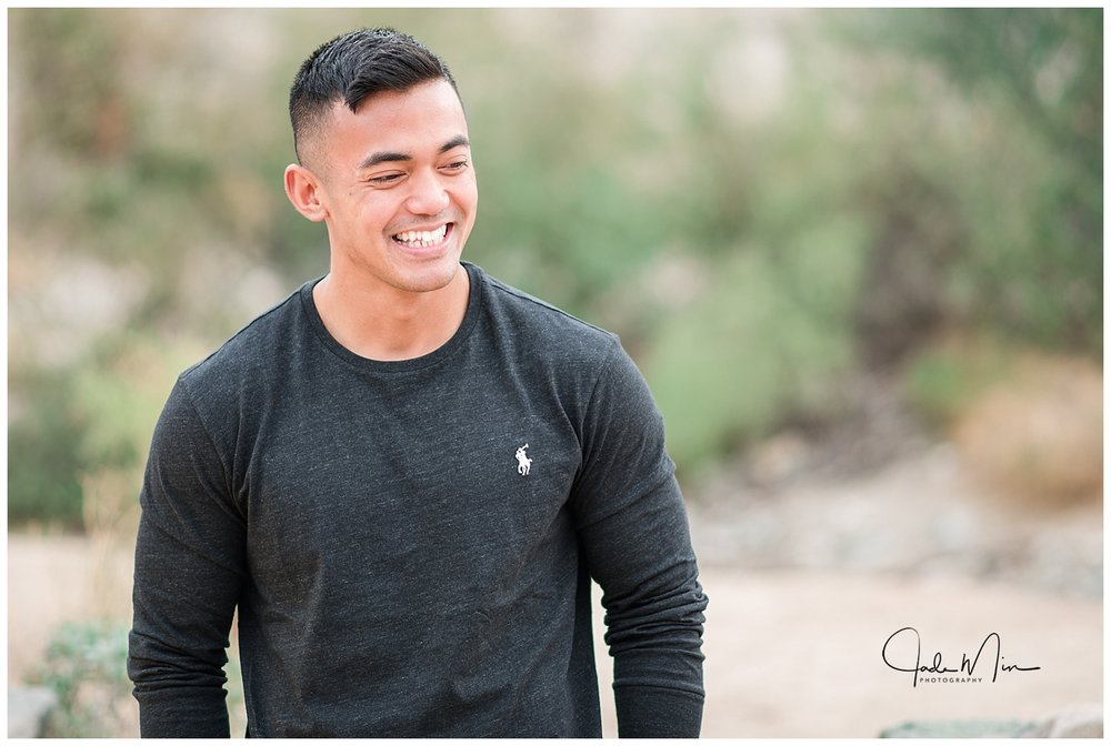 Family session at Scorpion Gulch, Phoenix, Arizona, Holiday Photo Session, Christmas Photo Session, Jade Min Photography, Kittirath Family