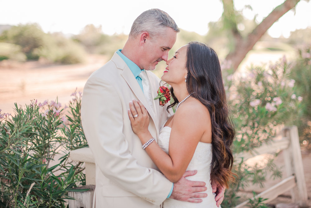 Wedding photography is on another level altogether. I love capturing the love between couples and weddings are always so full of love and celebration! My wedding styled photo session at the Legacy Golf Resort in Phoenix, Arizona was hard work, but SO much fun!