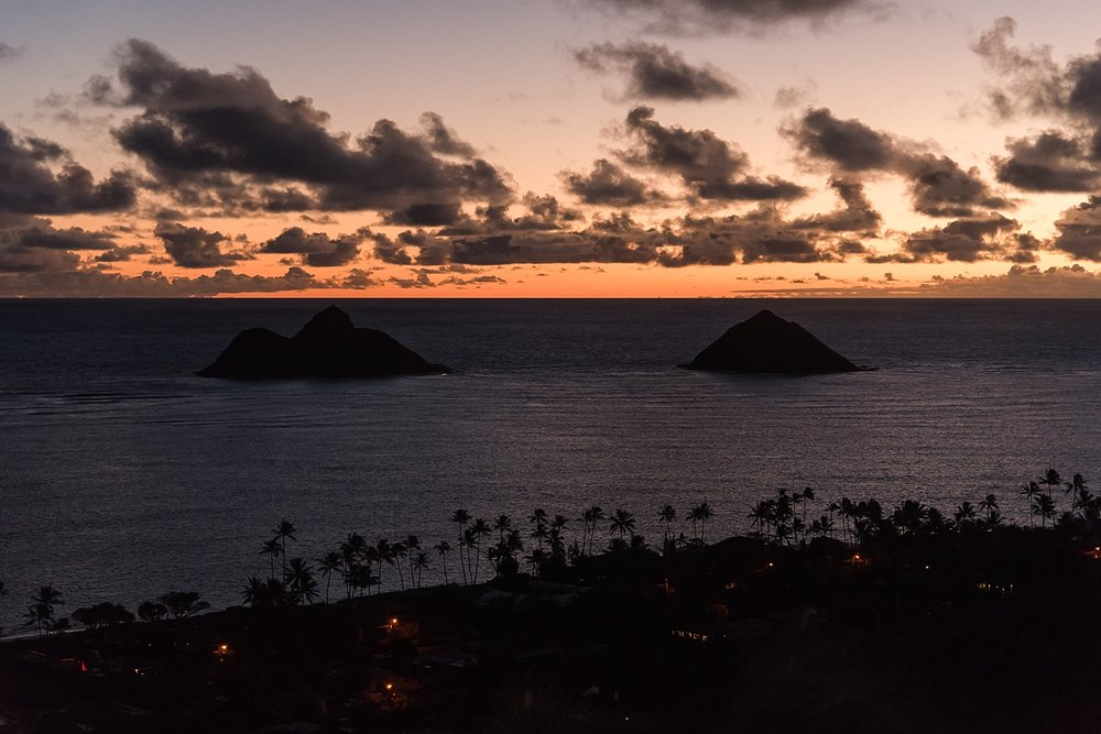 View of the Na Mokulua islands or