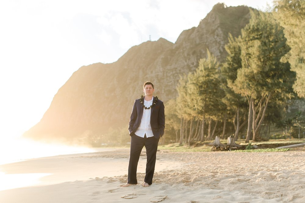 Sunrise elopement session at Waimanalo Bay Beach Park in Oahu, Hawaii. Photos by Jade Min Photography, wedding photographer.