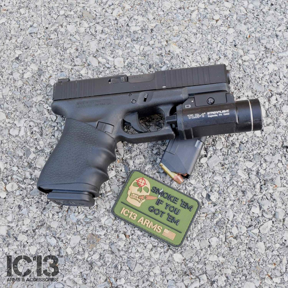 ic13-morale-patch-pistol.jpg
