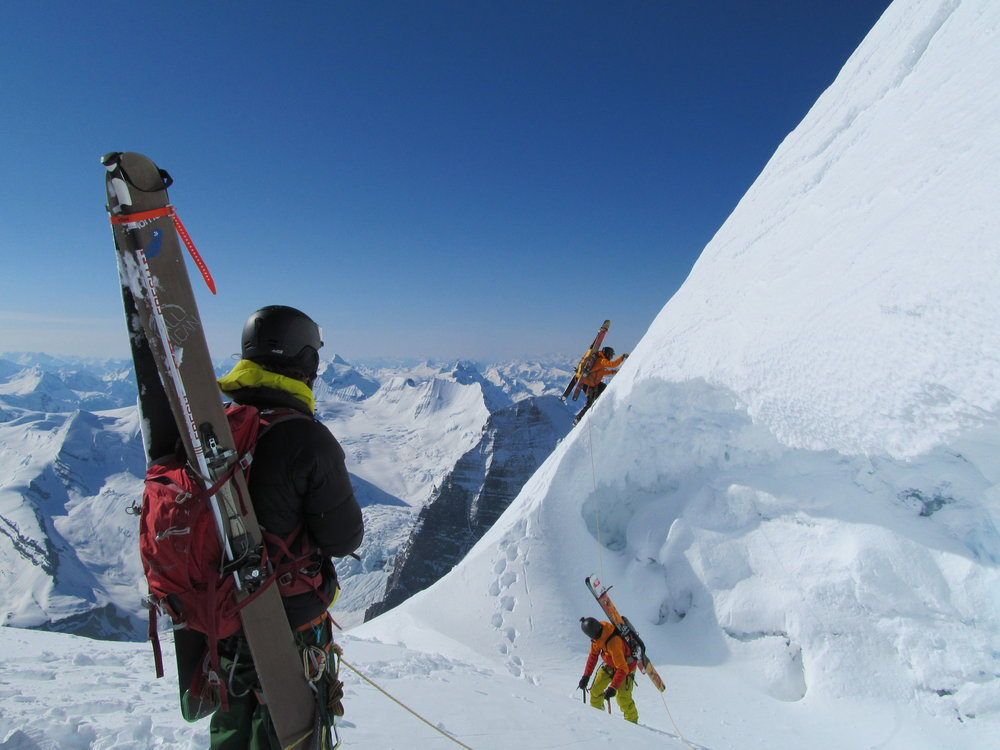 Kevin Hjertaas, Eric Hjorleifson, Chris Rubens topping out on Mt Clemenceau