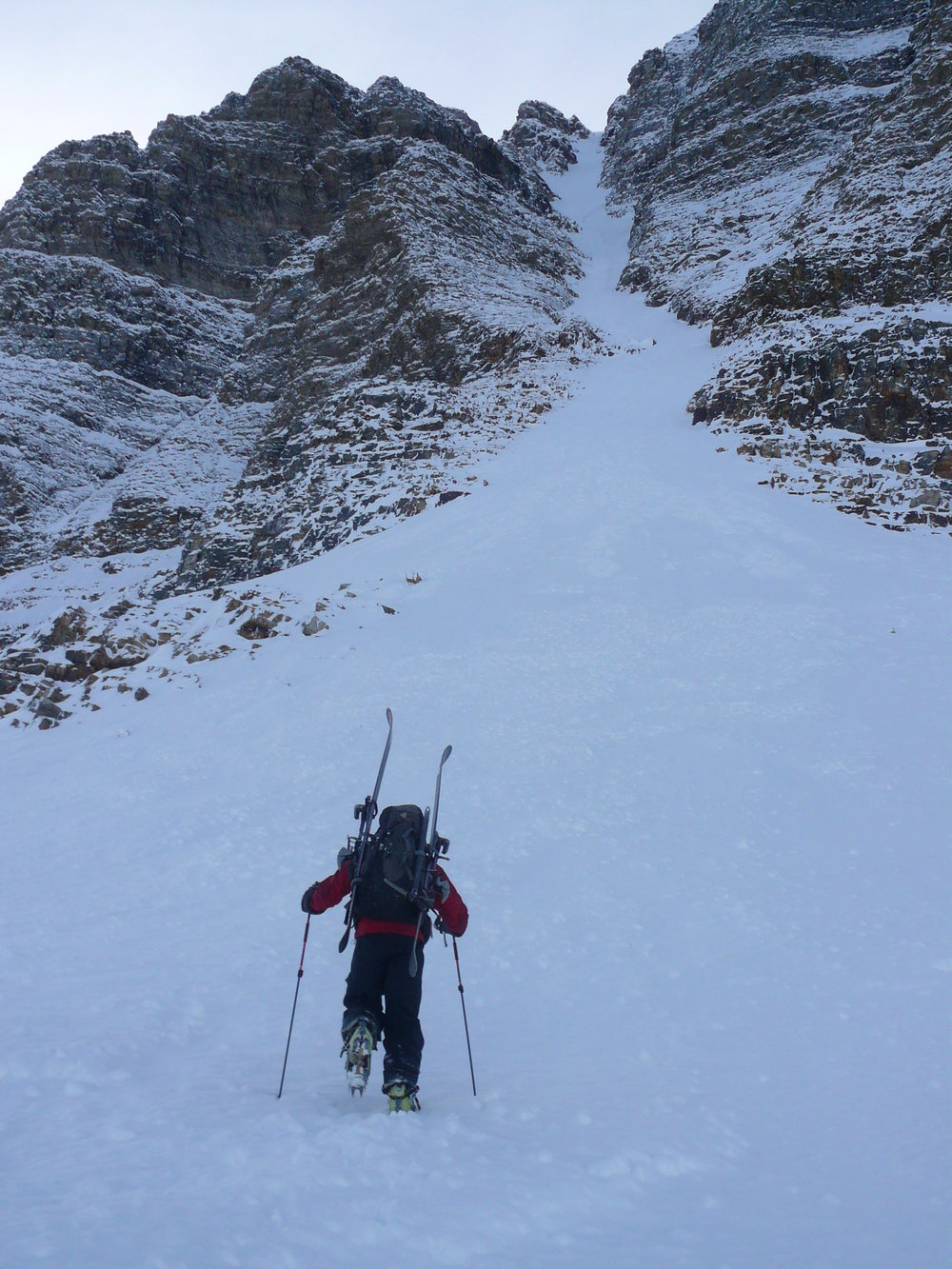 Martin Lefebvre starting up Aemmer Couloir