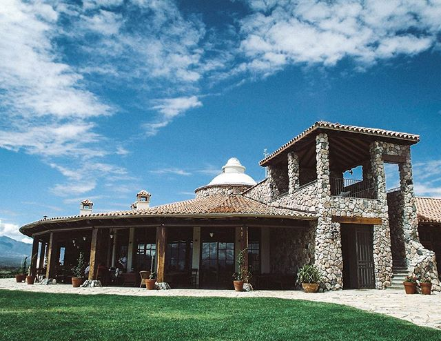 Beautiful weather and views are the norm at La Estancia de Cafayate Wine & Golf. | Cafayate, Argentina | #theluxebook