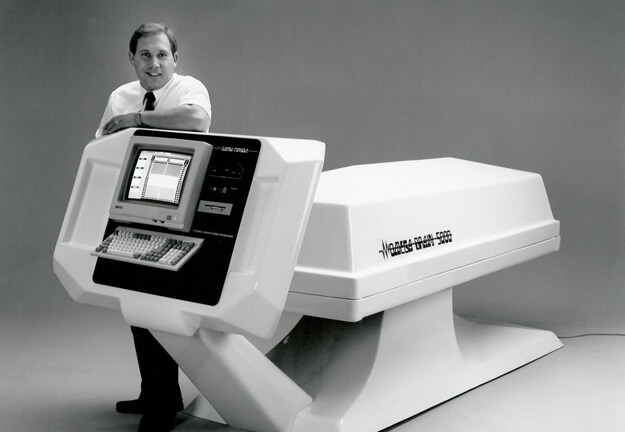 The modern Theta Chamber is the state-of-the-art version of a chamber that was originally developed by Loran Swensen in 1989, called the Omega Brain 5000.