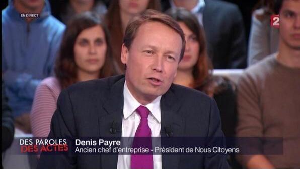 Denis Payre sur le plateau de Des Paroles et Des Actes, sur France 2, le 28 novembre 2013