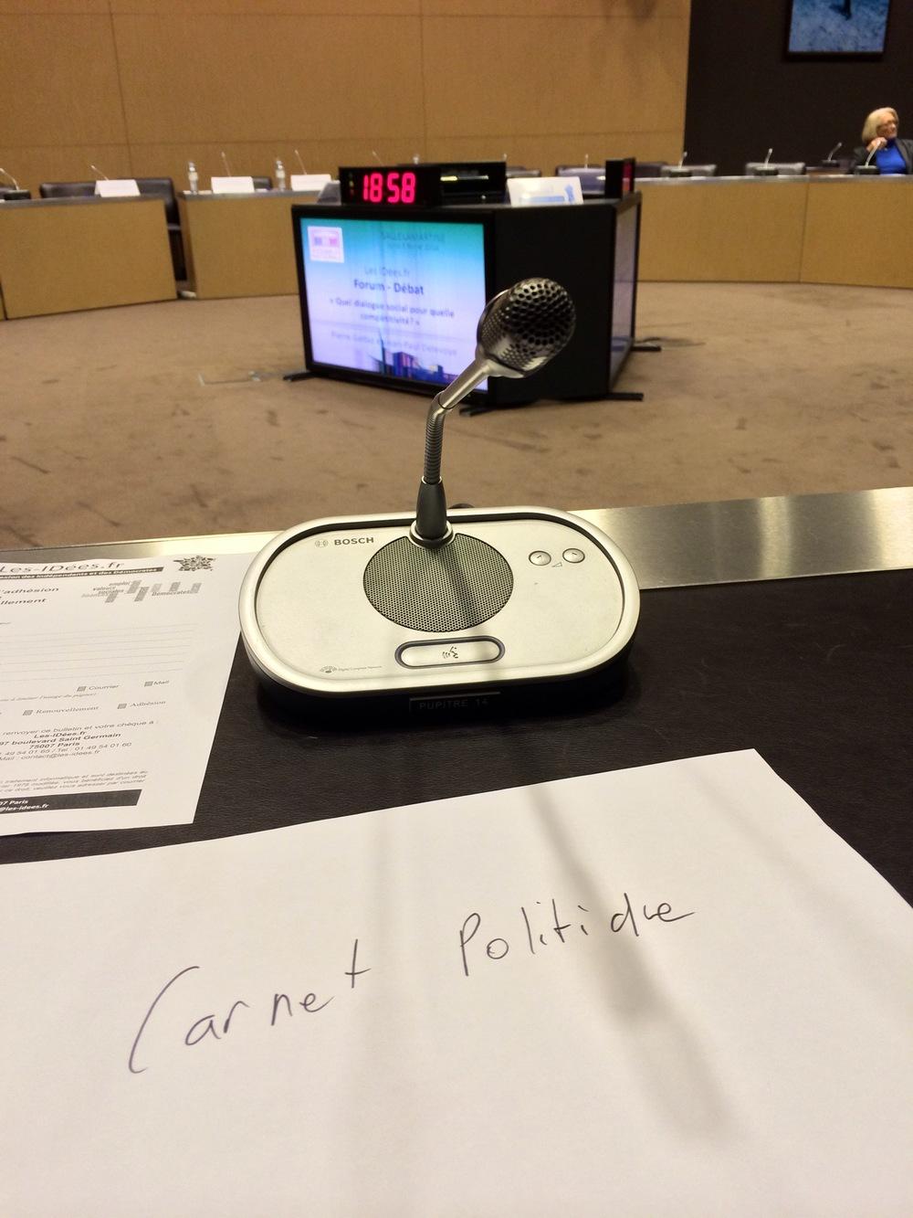 Photo du débat-forum organisé par LesIDées.fr, le club de réflexion politique de Louis Giscard d'Estaing dans la salle Lamartine de l'Assemblée Nationale (© François d'Estais)