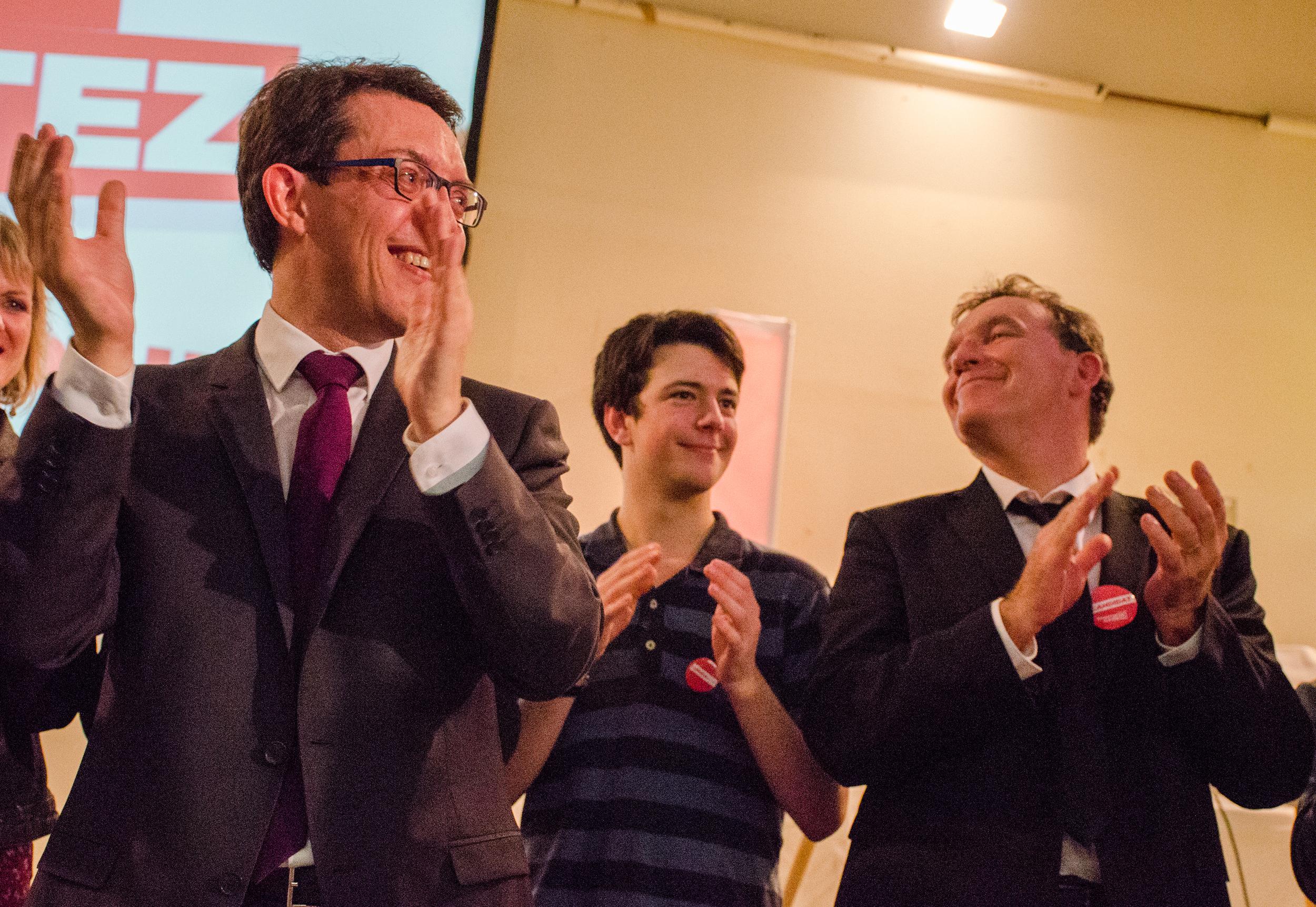 Christophe Clergeau, tête de liste PS régionale, Loukian Jacquet, plus jeune candidat de France, et Jean-Pierre Le Scornet, tête de liste en Mayenne.