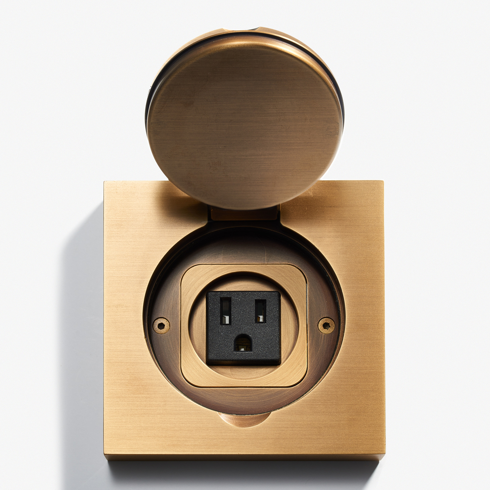 100 x 100 - Square Floor Outlet - Water Resistant - Bronze Médaille Clair 2.jpg