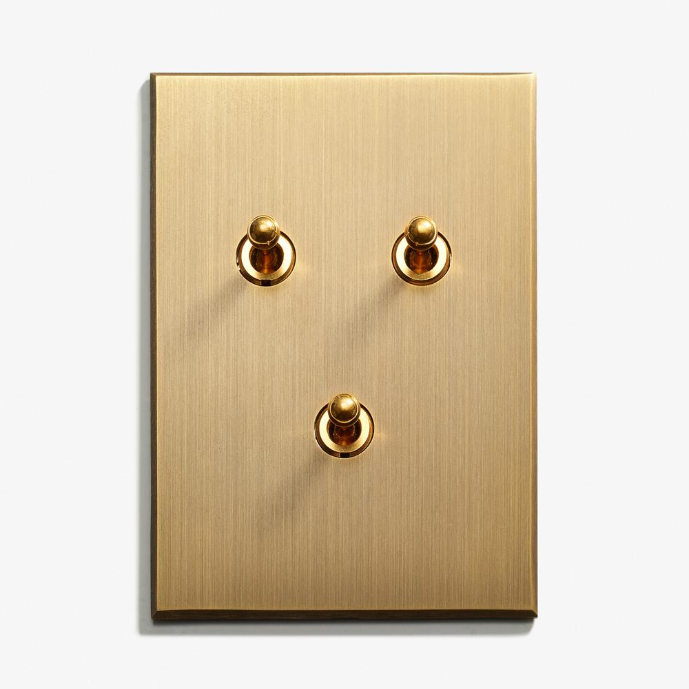LVL - USA - 82 x 117 - 3 INV - Hidden Screws - Straight Edge - Bronze Médaille Allemand